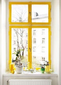 maalatut värikkäät ikkunat