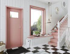 Roosan väriset ikkunat ja ovet